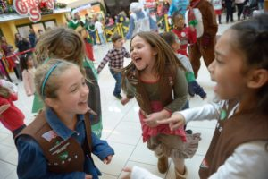 Cherry Hill Mall Santa Fest